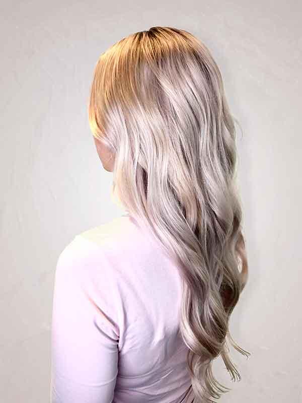 vaalennetut hiukset
